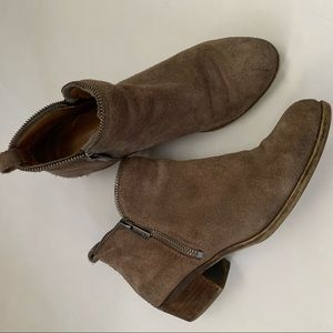 Lucky brand suede leather ankle boots